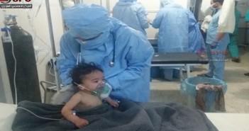من بركات جنيف.. 87 حالة اختناق جراء استهداف مدينة المعضمية بغاز الكلور