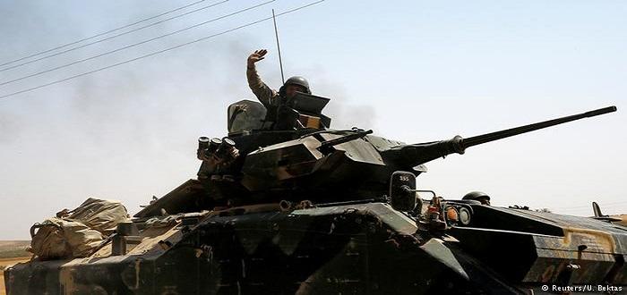 اشتباكات بين الجيش التركي وقوات مدعومة كردياً في شمال سوريا