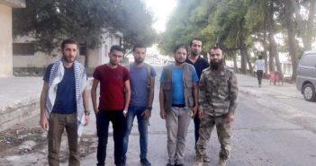 وصول آخر دفعة إلى إدلب من داريا بعد تهجيرهم قسراً