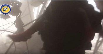"""مقاطع فيديو.. لحظات """"لا تصدق"""" أثناء إنقاذ الجرحى بعد القصف"""