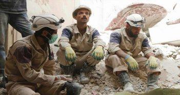 """نوبل تسلم جائزتها البديلة لمنظمة """"القبعات البيضاء"""" في سوريا"""