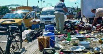 صدمة لسكان في دمشق عندما وجدوا أثاثهم وأغراضهم الشخصية تُباع على الأرصفة