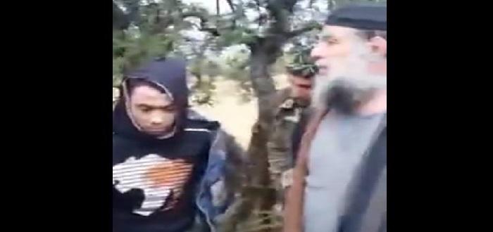 إعدام جندي من قوات الأسد على يد مدني وزوجته انتقاماً لأبنائهما الثلاثة (فيديو)