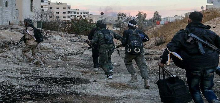قوات الأسد تفتح ثغرة باتجاه إدارة المركبات والثوار يحولونها إلى ثغرة موت محكم