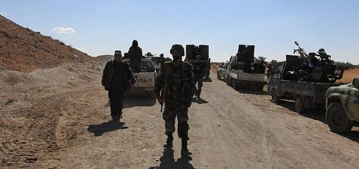 قوات الأسد تسحب أرتالها العسكرية من محيط محافظة إدلب وتركيا تستقدم تعزيزات
