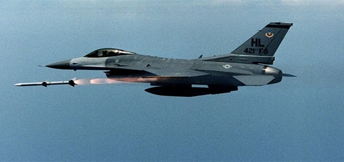 """الطيران الأمريكي يقصف بالخطأ تشكيلات كردية تابعة لميليشيا """"قسد"""" في سوريا"""