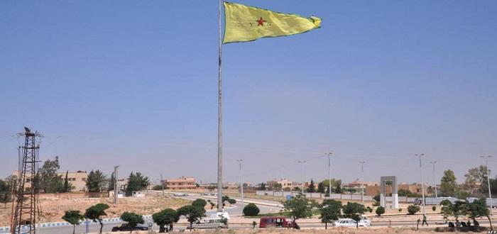 """ميليشيا """"الوحدات الكردية"""" تخلي مقرات لها في تل أبيض تخوّفا من اجتياح تركي"""