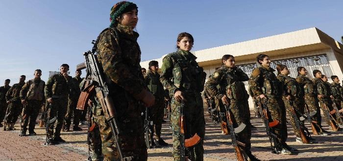 """ميليشيا """"الوحدات الكردية"""" تعلن النفير العام وتطالب نظام الأسد باتخاذ موقف"""