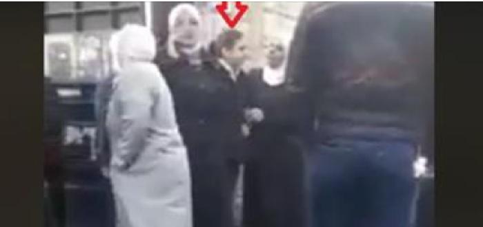 فيديو صادم: القبض على عصابة نسائية لحظة محاولتها خطف فتاة وسط دمشق