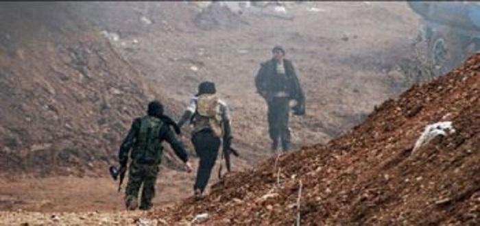 بهجوم مباغت للفصائل يوقع قتلى وجرحى من قوات الأسد بريف حماة
