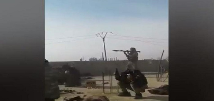 """بالفيديو: فشل إطلاق قذيفة تثير رعب عناصر """"قسد"""" أثناء الاشتباك مع داعش"""