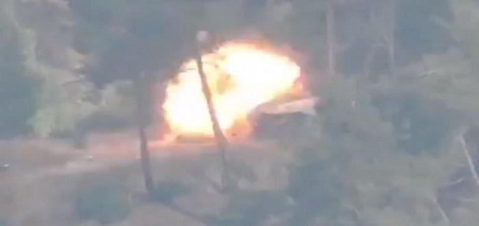 بالفيديو: شاهد نسف تجمع لعناصر قوات الأسد بصاروخ حراري شمالي اللاذقية