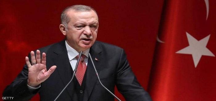 """أردوغان يجدد تهديده بفتح الحدود أمام اللاجئين.. """"لندعهم يذهبون"""""""