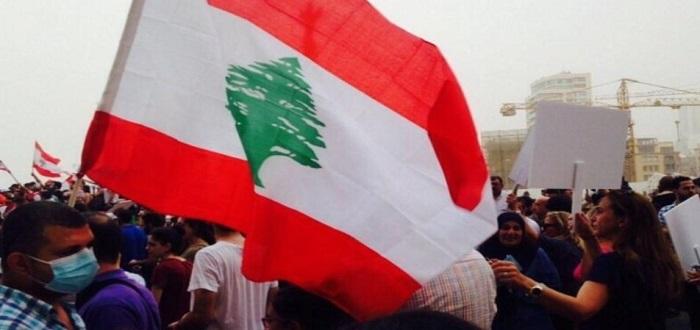 هكذا تم تهريب 7.2 مليار دولار لنظام الأسد من لبنان ما أدى إلى انهيار عملة الأخيرة