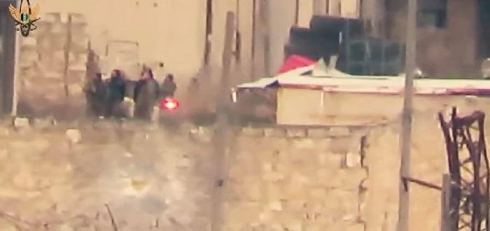 بالفيديو: مقتل مجموعة لقوات الأسد بصاروخ حراري غرب حلب